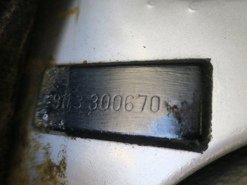 porsche_911s_coupe_1973_202007_56